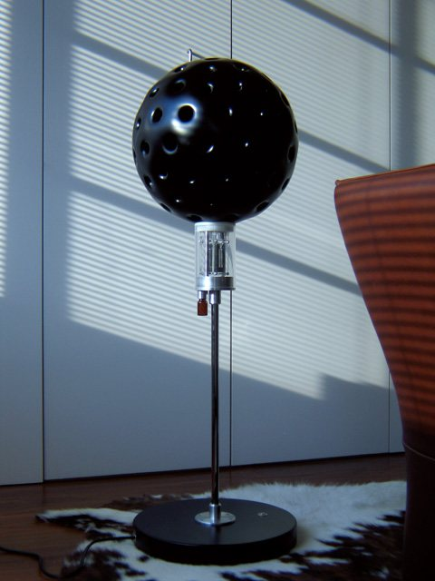 Lampshade robot during the day.